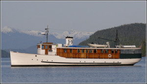 Classic yacht MV Discovery in 2007