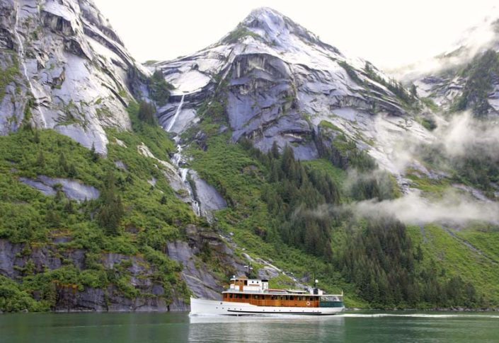 Fords Terror, Alaska, small ship cruise, Discovery, fjord, glacier, tour Juneau, Tracy Arm, Endicott Arm